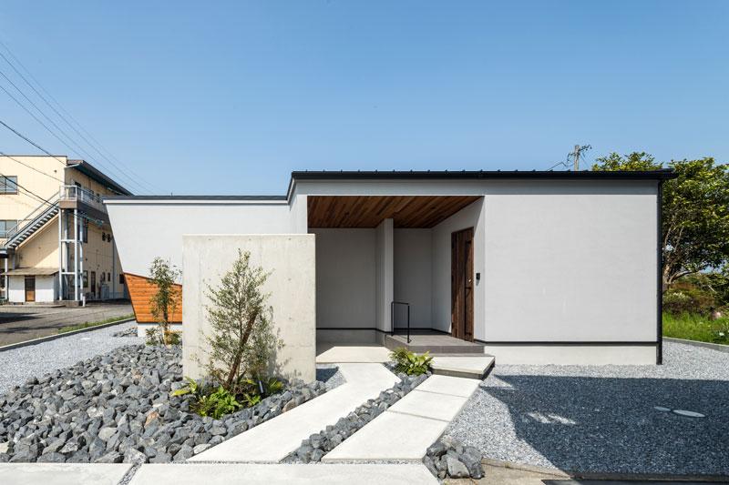 「自分の家より良い家ができた」と設計士が胸を張る自信の平屋住宅