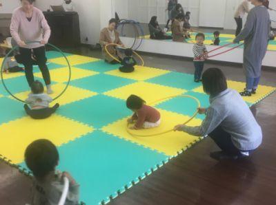 親子で遊ぼう!!リトミック
